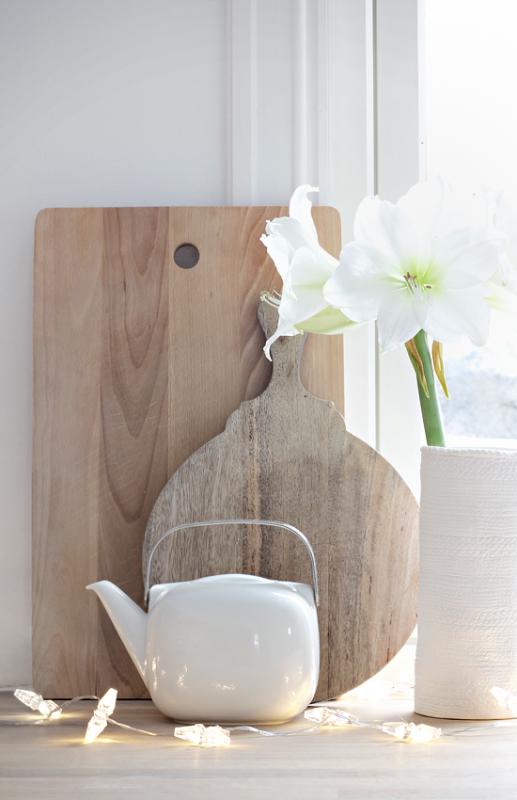 Interieur keuken styling met snijplanken stijlvol for Gordijnen babykamer mintgroen