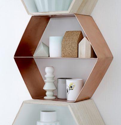 Interieur   Wandboxen aan de muur