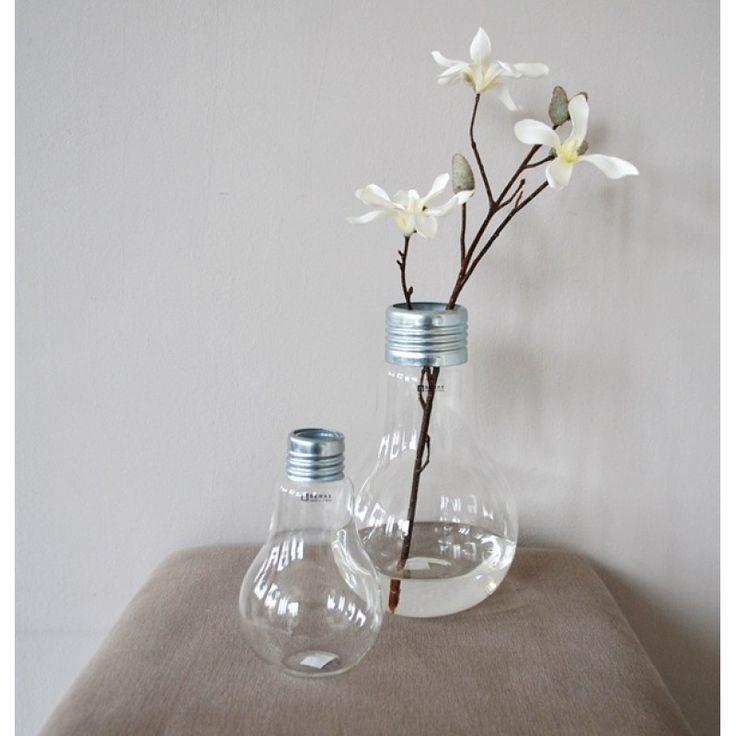 Diy vaas maken van oude gloeilampen stijlvol styling woonblog - Fotos decoratie ...