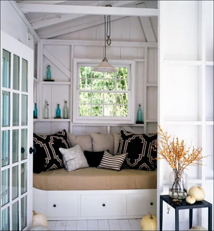 Tuin inspiratie tuinhuis op een leuke manier inrichten stijlvol styling woonblog - Kantoor decoratie ideeen ...