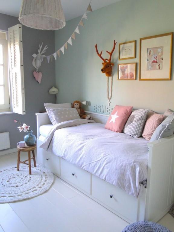 Interieur kids mintgroen babykamer kinderkamer inspiratie deel 2 stijlvol styling - Kinderkamer grijs en roze ...