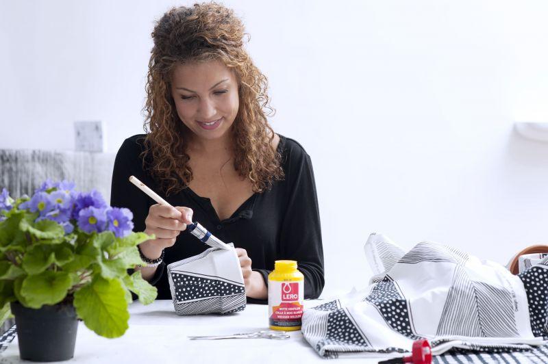 DIY   Bloempot bekleden met stof  u2022 Stijlvol Styling   Woonblog