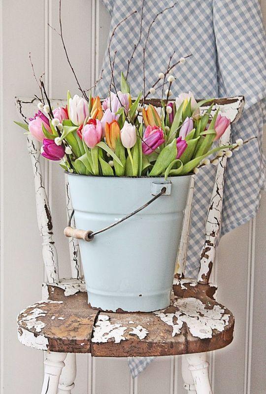 Groen wonen paas decoratie met bloemen stijlvol styling woonblog - Home decoratie met tomettes ...
