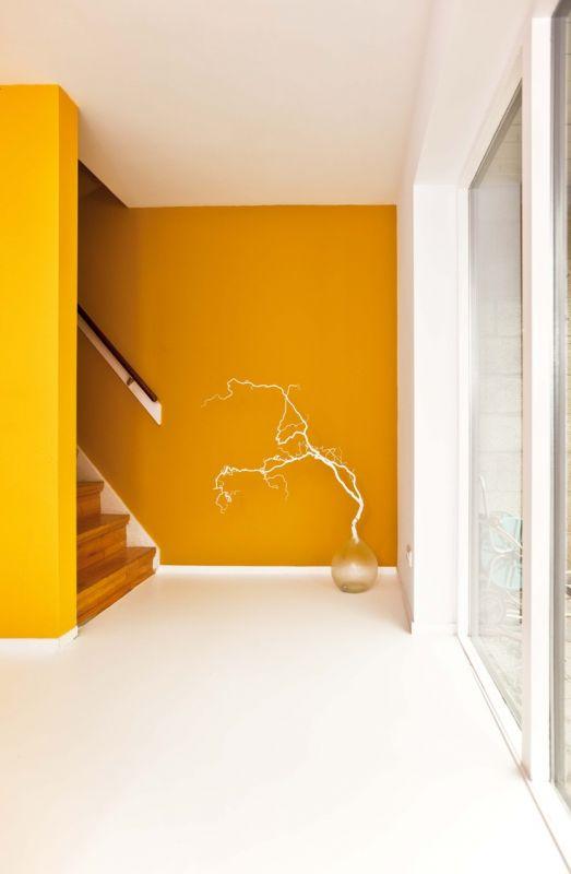 kleur amp interieur geel brengt het zonnetje in huis