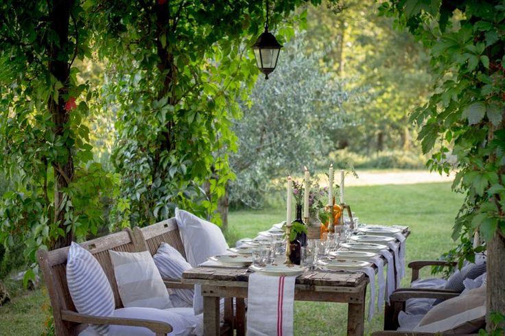 Feest styling tuin decoratie trends 3 toscaans familiefeest stijlvol styling woonblog - Decoratie tuinterras ...