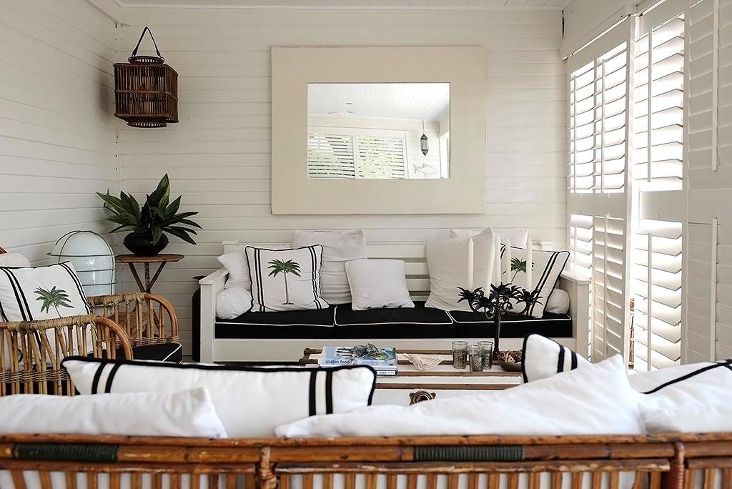 Houten Accessoires Woonkamer : Zwart witte woonkamer. elegant minimale rood zwartwit woonkamer with