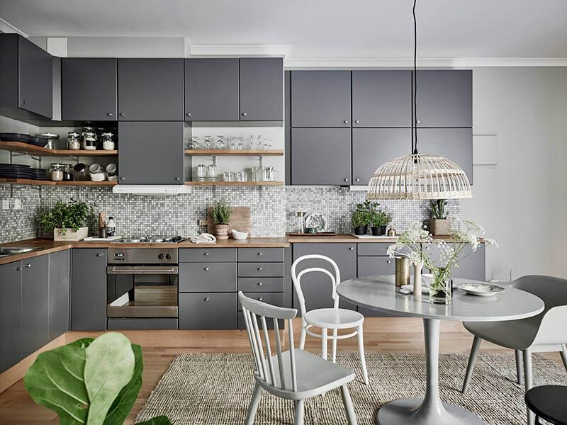 Binnenkijken   Sfeervol interieur in grijs, groen en wit • Stijlvol ...