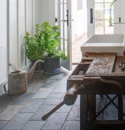 Interieur inspiratie | Een oude werkbank in het interieur