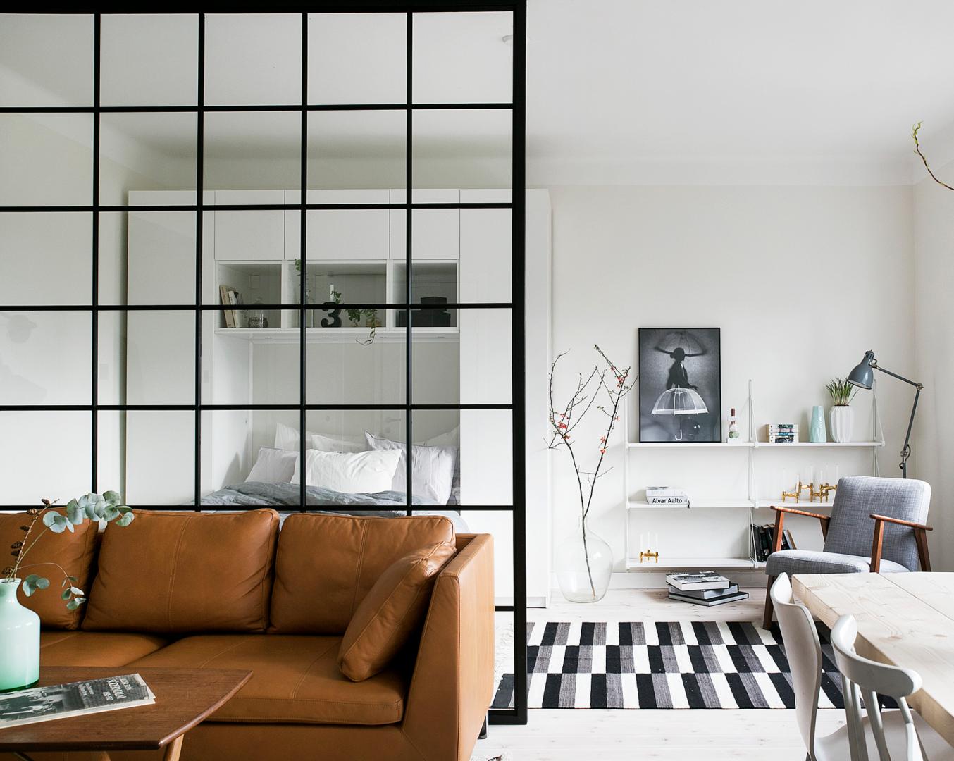 Scandinavisch Interieur Kenmerken : De stoffen kenmerken zich door horizontale transparante en semi