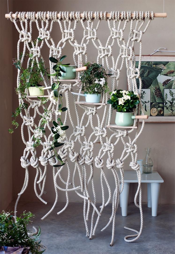 Diy macram roomdivider voor je planten stijlvol for Stephanotis exterieur