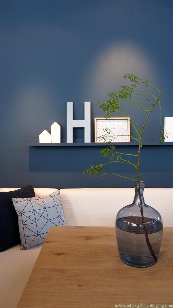 Interieur stoer wonen met meubels van hout en staal for Kleurcombinaties interieur