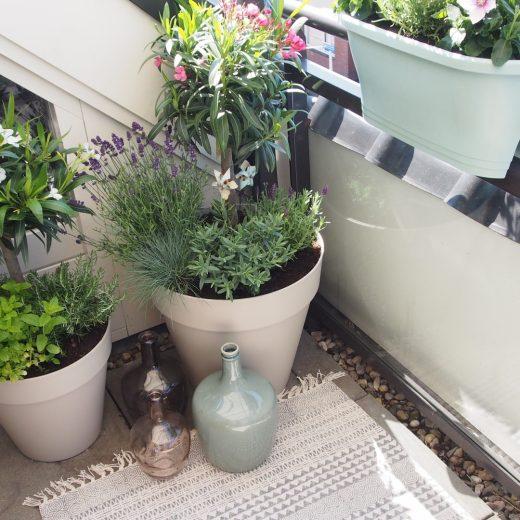 Buitenleven | Mediterraans genieten op je eigen balkon of terras - woonblog StijlvolStyling.com
