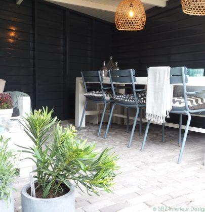 """Buitenkijken   """"Scandi meets Boho"""" in deze stijlvolle veranda"""