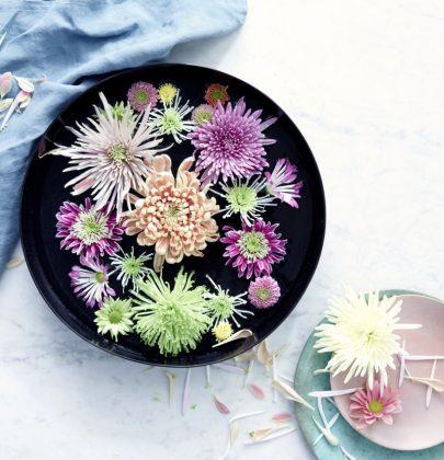 Groen wonen | Zomerse bloementrend: speels en luchtig